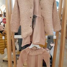 Buenos días!!🧡🧡🧡  Conjunto Vestido + chaqueta + calcetines altos, talla 24 meses. #mrbambukids #modainfantil #baby #kids